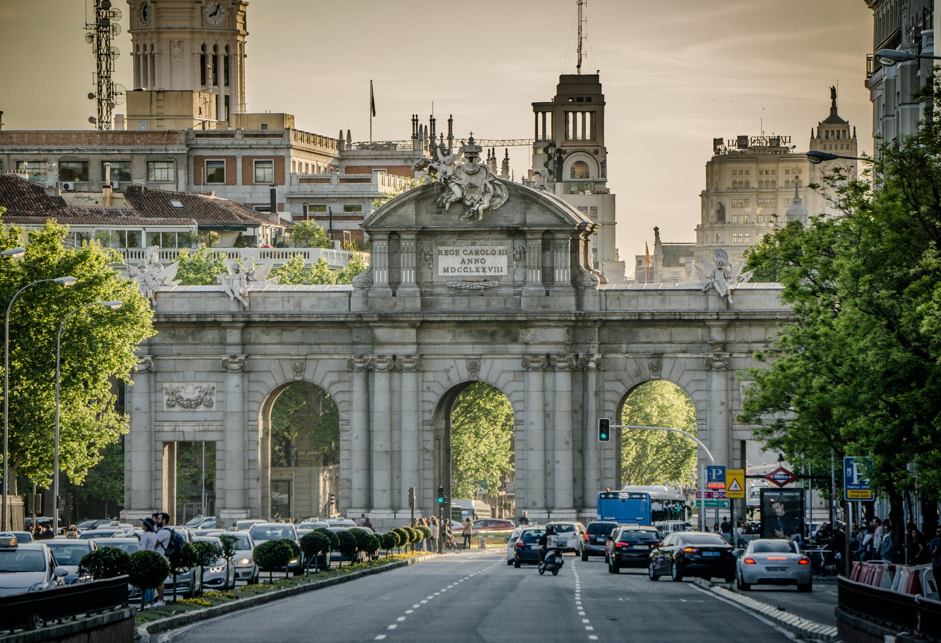 architectural photography of gray concrete arch